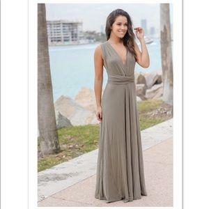 Open Back Tie Maxi Dress NWOT *FIRM PRICE*